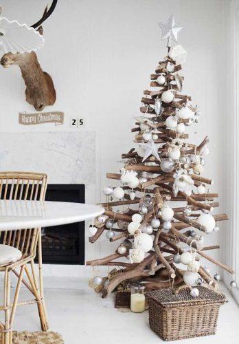 kerstboom boomstam takken