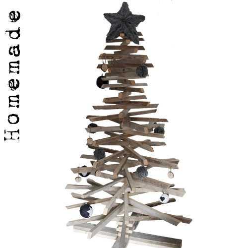 kerstbomen van oud hout